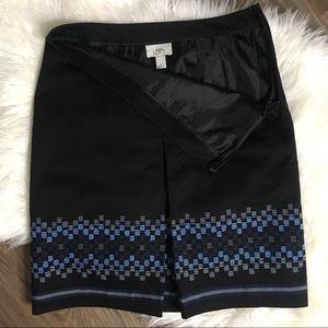 Size 4 (Small) Ann Taylor Loft Skirt